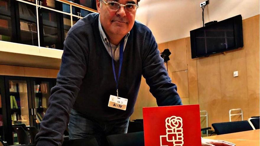 Juan Cuatrecasas, en el grupo parlamentario del PSOE en el Congreso.