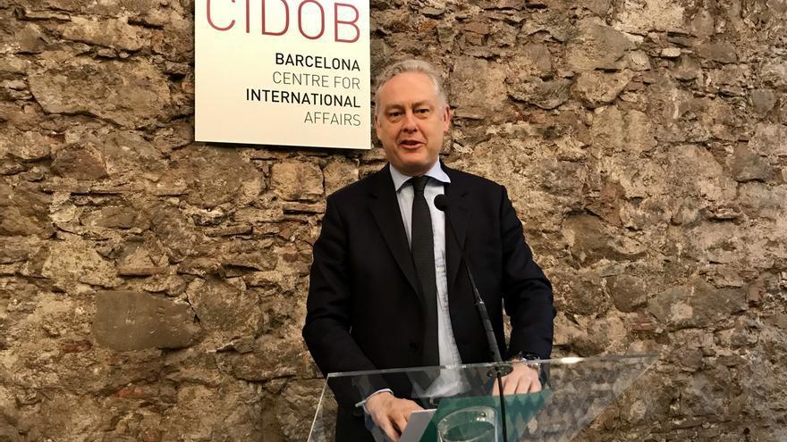 El embajador británico llama a la unidad ante ataques rusos y agradece el apoyo de España