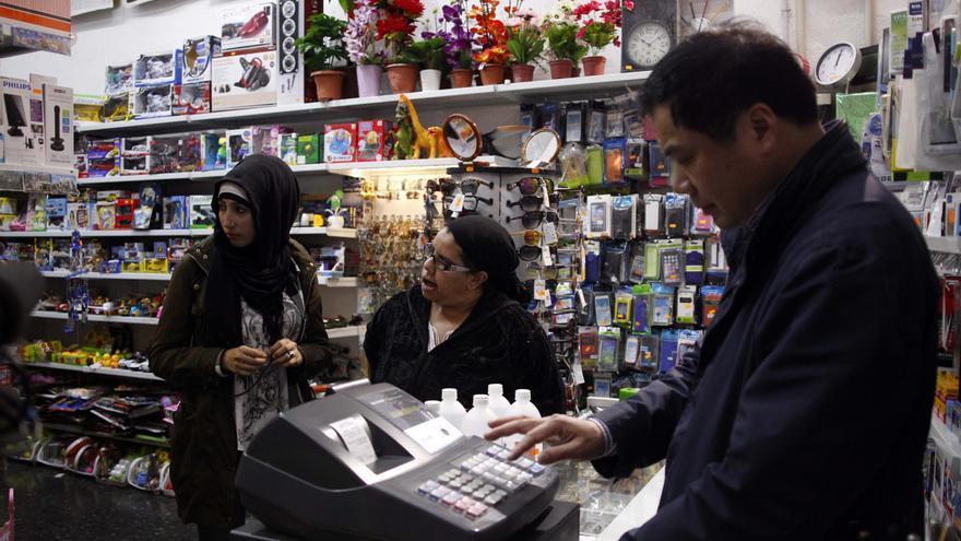 Acción comunitaria para evitar que los comerciantes vendan droga a los jóvenes