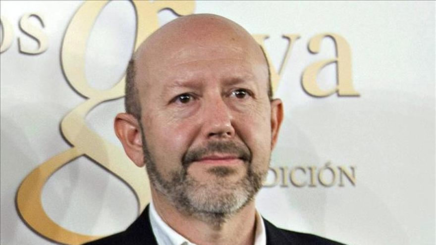 Emilio A. Pina dice que hay que conseguir que la crisis no acabe por destruirnos