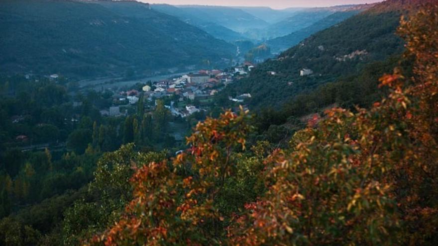 El estrecho y cromático valle del río Ungría que aspira a convertirse en paisaje protegido, el segundo en Castilla-La Mancha