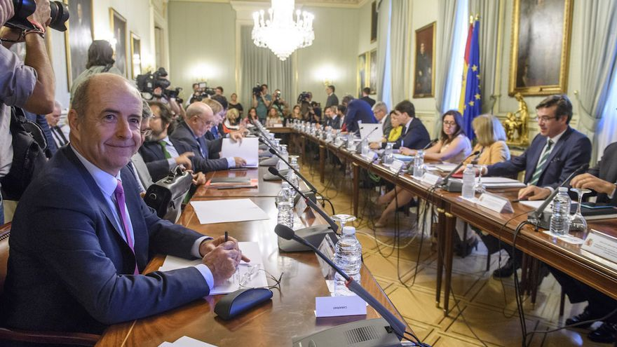 El consejero de Economía del Gobierno de Canarias, Pedro Ortega, durante el encuentro.
