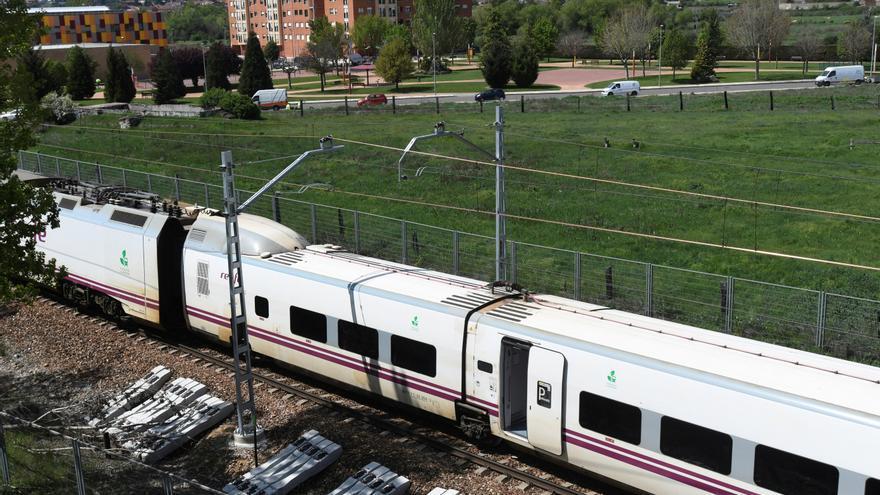 Restablecido el tráfico ferroviario Asturias-León tras un descarrilamiento