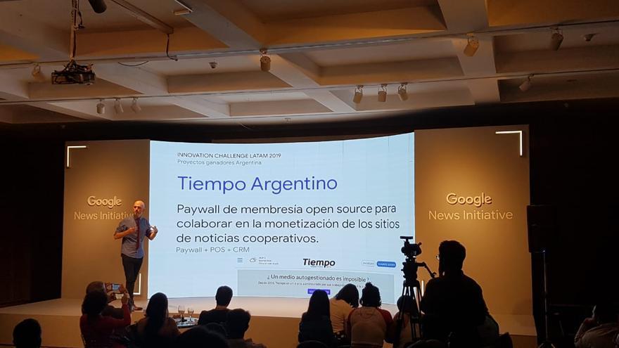 La presentación de el caso de Tiempo Argentino y su cooperativo.