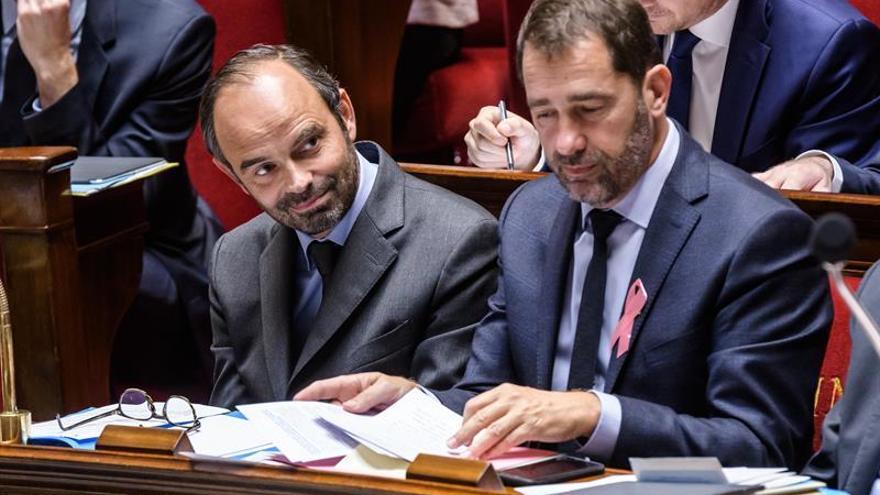 Francia aumenta en 2017 el impuesto de sociedades para cumplir con el déficit