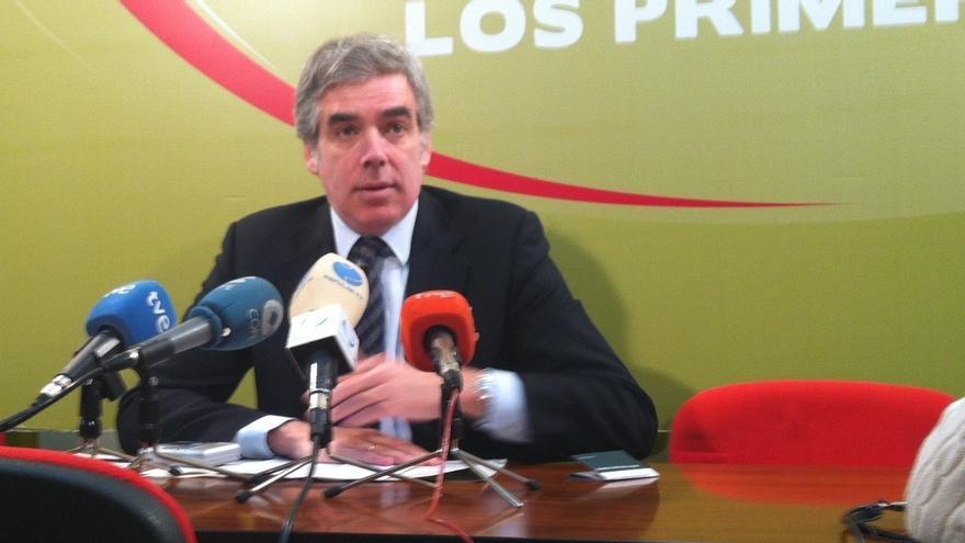 "Fuentes-Pila insta al alcalde a ""dar un paso atrás hasta que se calme"""