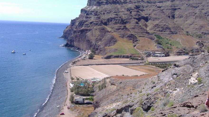 Desembocadura del Barranco de Veneguera, en la isla de Gran Canaria.