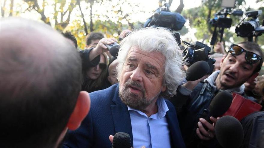 """Grillo reclama que los italianos """"deben votar lo antes posible"""""""