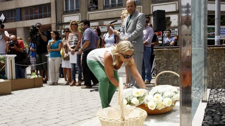 De los homenajes a las víctimas #6
