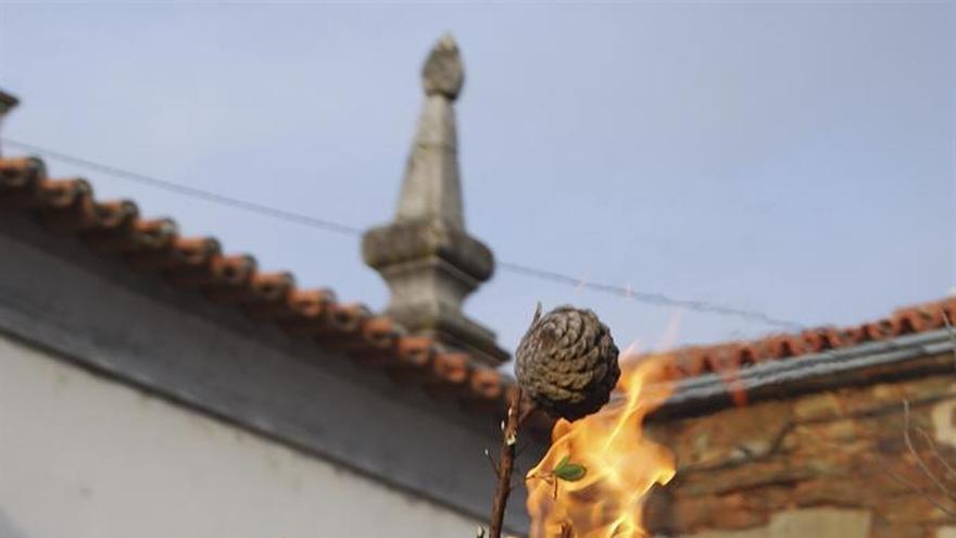 Las Ermidas y la procesión de las piñas, distinciones de la Semana Santa lusa