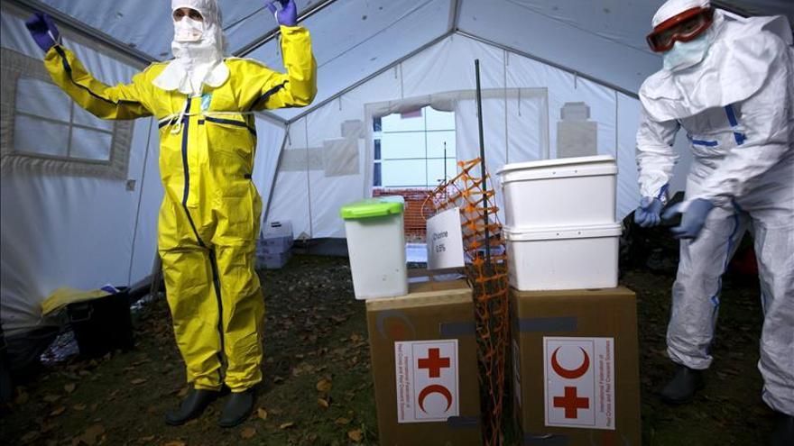 La falta de respuesta adecuada amenaza con volver crónica la crisis del ébola
