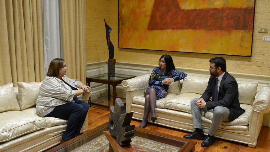 Entrega del Informe sobre la situación de la violencia de género en Canarias