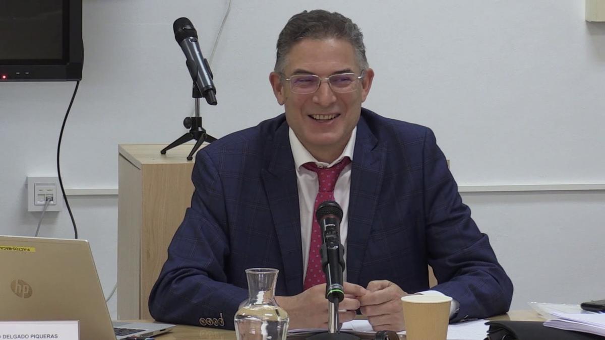 Francisco Delgado Piqueras, catedrático de Derecho Administrativo de la UCLM