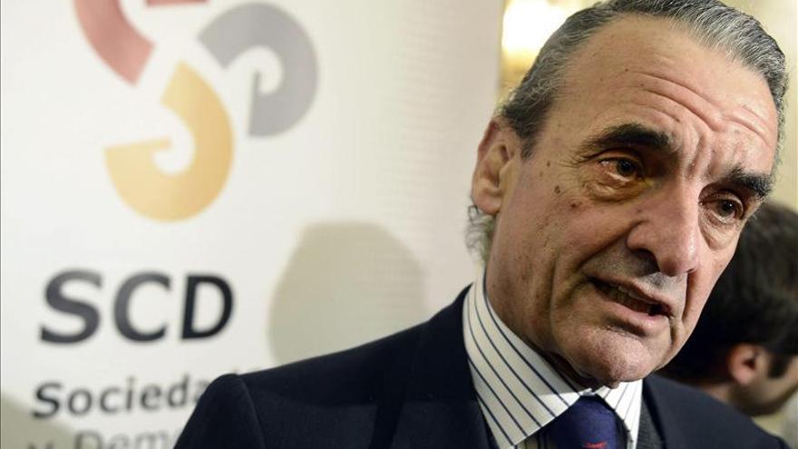 Mario Conde deja la presidencia de SCD