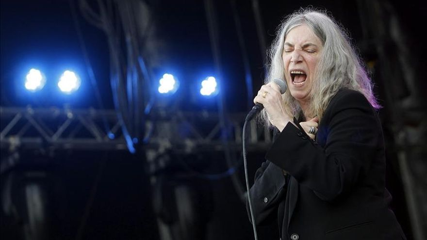 Patti Smith, su guitarra y el atardecer enamoran un Primavera Sound entregado