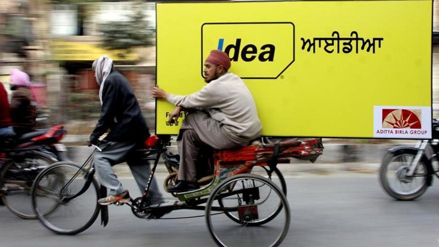 Vodafone fusiona sus operaciones indias con Idea Cellular