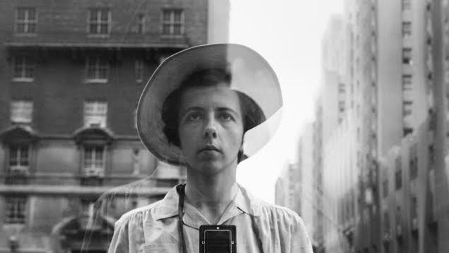 Vivian Maier en uno de sus autorretratos/ Fundación Canal