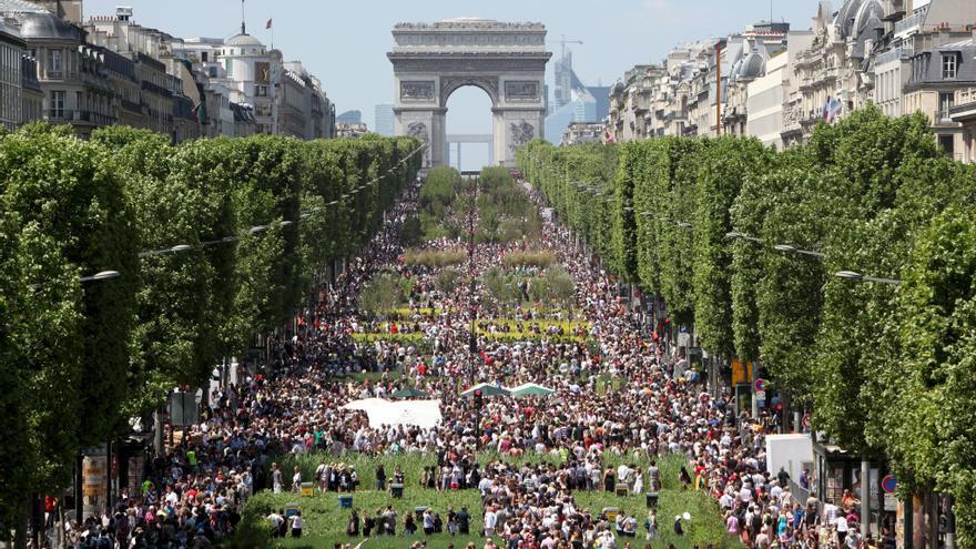 La cadena francesa de tiendas Virgin se declara en suspensión de pagos