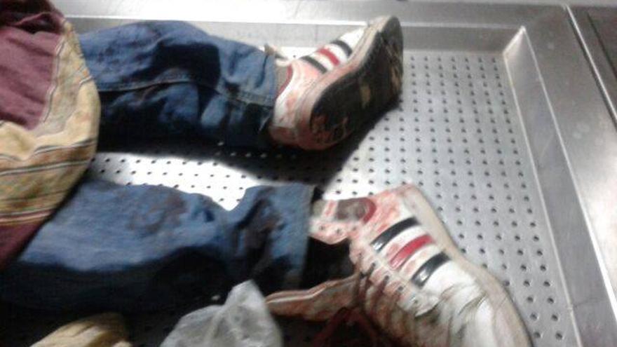 El cuerpo sin vida de Cedrick, fallecido en una redada violenta de las fuerzas de seguridad marroquíes./ Helena Maleno/Caminando Froneteras