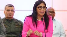 La vicepresidenta de Venezuela cogió un vuelo comercial para abandonar Madrid