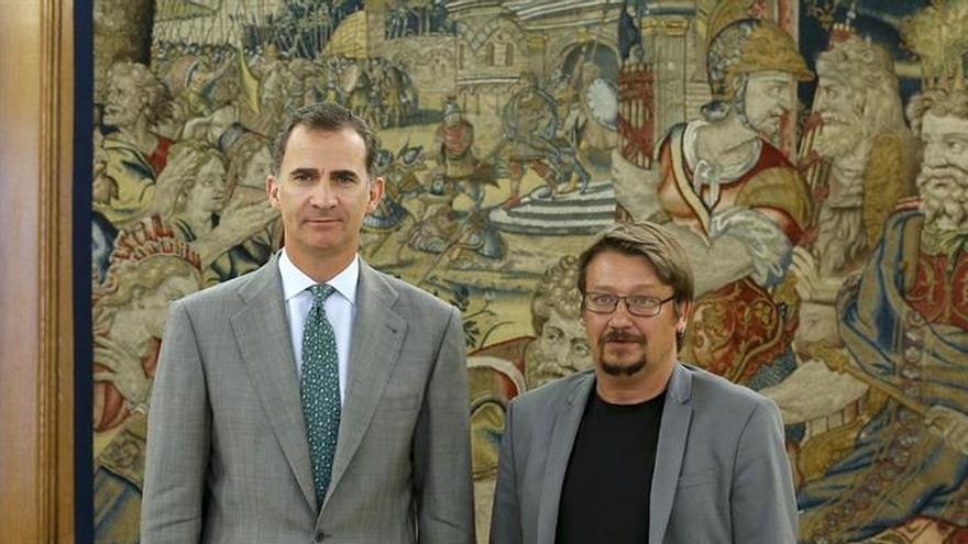 Domènech constata la preocupación del Rey ante el bloqueo político