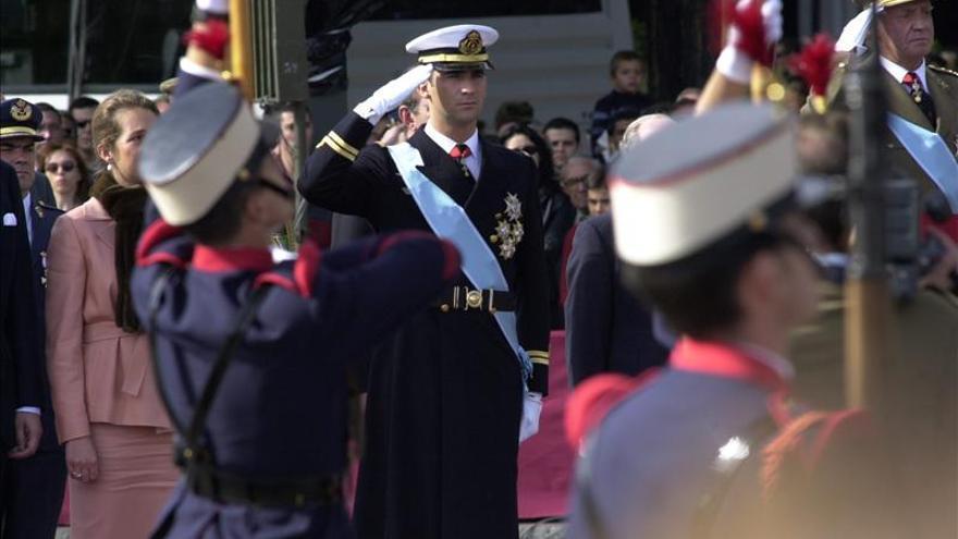Felipe VI preside primer 12 de octubre como Rey, con un desfile aéreo y presencia de Marruecos