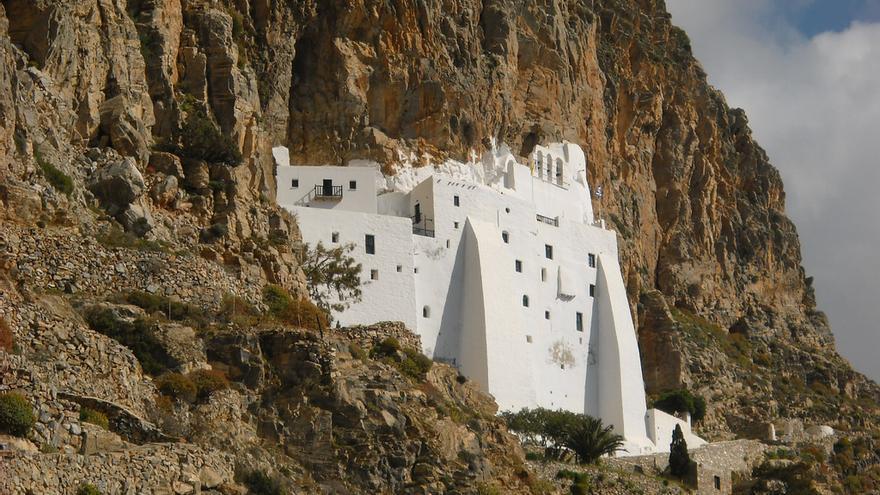 La mancha blanca del Monasterio de de Panaguia Jozoviótissa. Pastitio (CC)