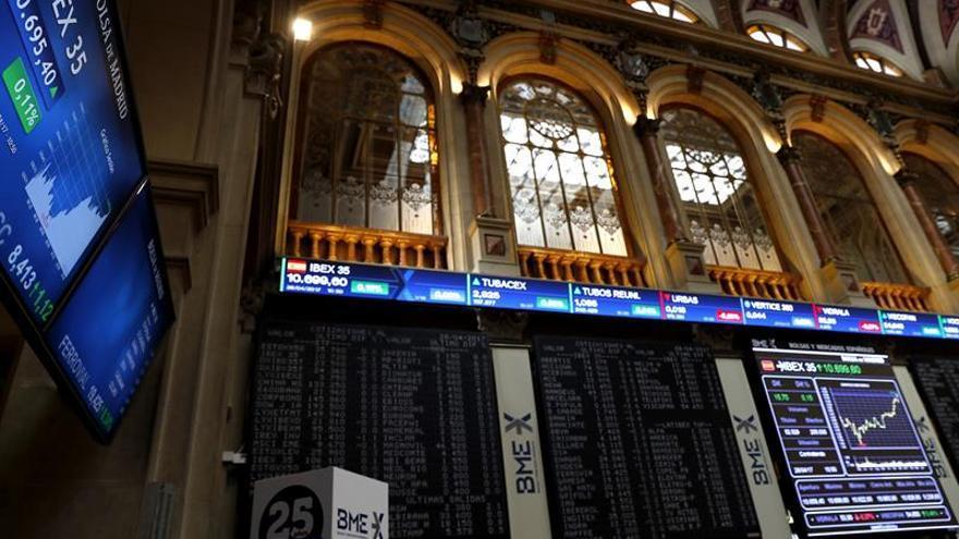 El IBEX 35 se apunta un 0,91 % gracias al impulso de los grandes valores