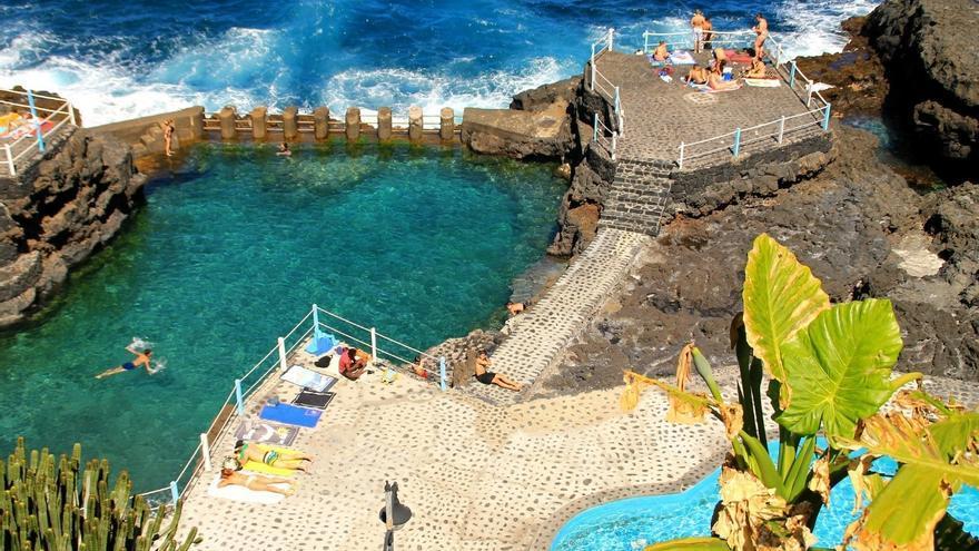 Imagen de archivo de las piscinas naturales de El Charco Azul. Foto: palmerosenelmundo.com