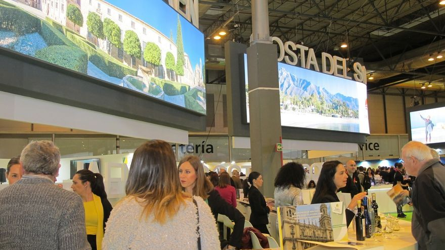 Diputación valora las alianzas con territorios y operadores turísticos logradas en Fitur
