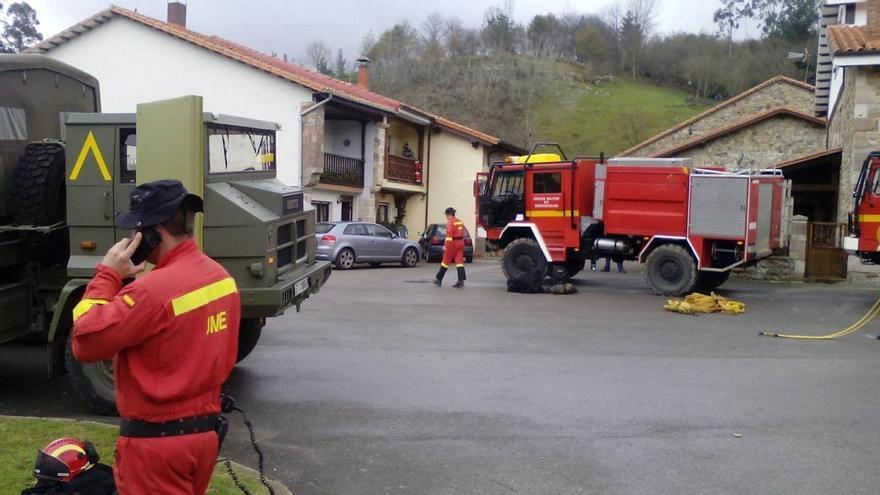 """La Guardia Civil investigará los incendios forestales de las últimas horas, que van """"aminorándose"""""""
