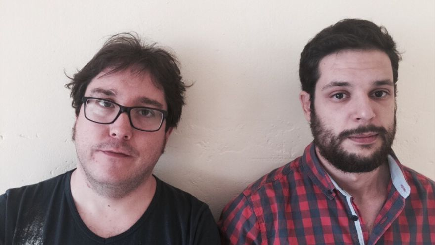 Sergio Patón y Víctor Pérez, detenidos durante una concetración contra la corrupción