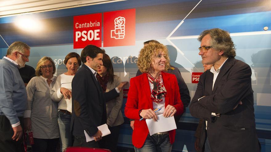 José Guerrero junto a Eva Díaz Tezanos en la noche electoral de 2015. | PSOE Cantabria