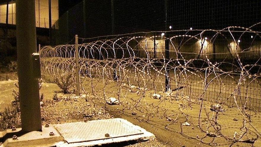 Marruecos y España frenan un intento de entrada de 400 inmigrantes a Ceuta