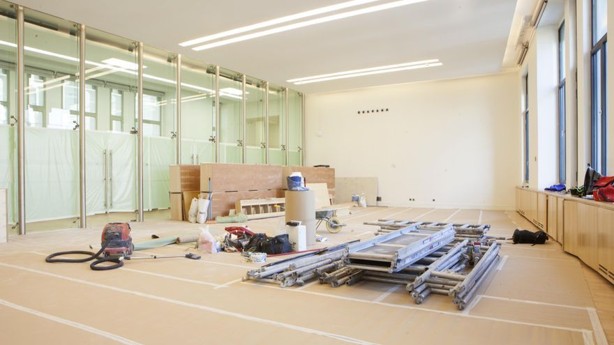 Obras en la antigua sala institucional del Ayuntamiento, que se está convirtiendo en nuevos despachos. / Ayuntamiento de Madrid.