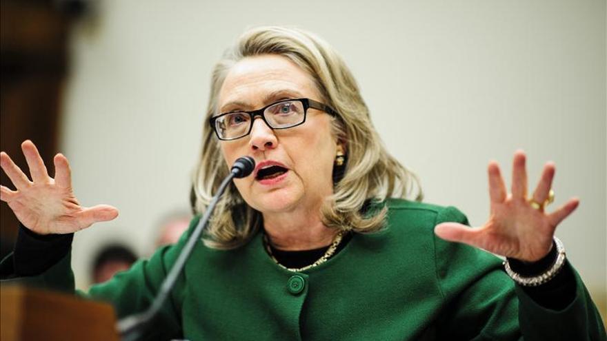 Clinton señala a la energía, el comercio y la ciberseguridad como retos comunes EEUU y Europa