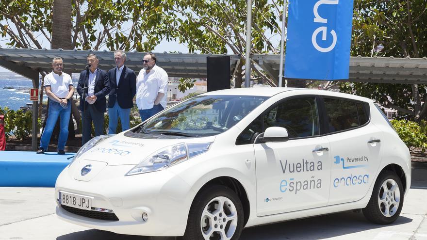 La primera edición de la 'Vuelta a España en Vehículo Eléctrico', organizada por Endesa en colaboración con seis grandes fabricantes de vehículos eléctricos, celebró este sábado en Tenerife su 8ª etapa, uniendo las centrales de Granadilla y Candelaria.