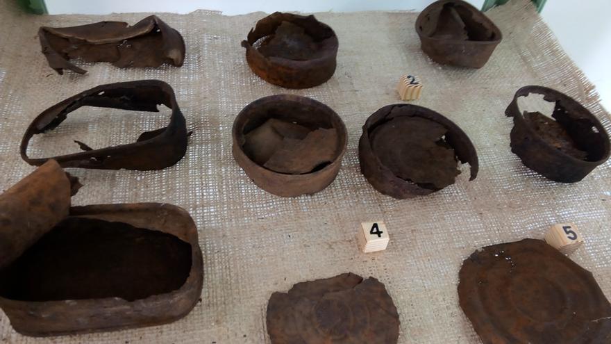 El museo muestra la comida de trinchera. En la excavaciones aparecieron abundantes latas / JCD
