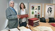 La Biblioteca de Navarra recibe en donación la obra del dramaturgo y escritor Patxi Larrainzar