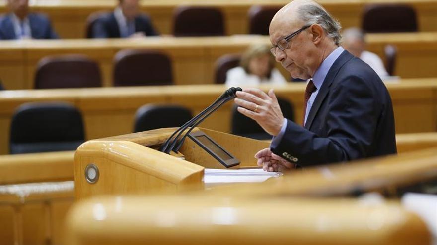 PDeCAT y ERC piden una comparecencia de Montoro en Congreso y Senado por el FLA