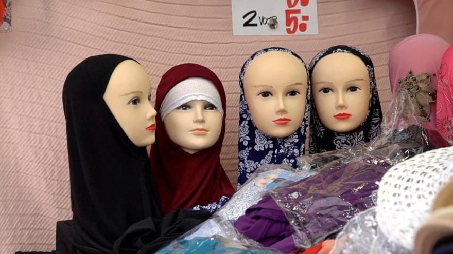 Entra en vigor la prohibición del burka en Holanda con resistencia general