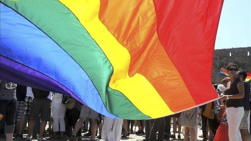 Los colectivos homosexuales reclaman que se proteja a los adolestentes LGTB / EFE