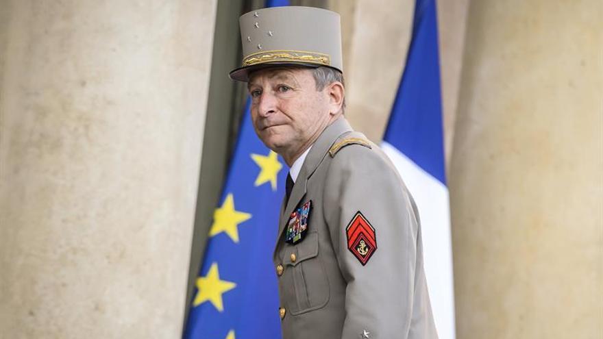 Francia refuerza su dispositivo de seguridad ante primera vuelta electoral