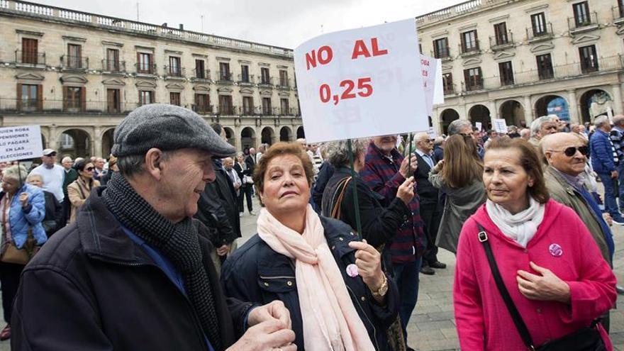 Imagen de archivo de pensionistas en una manifestación.