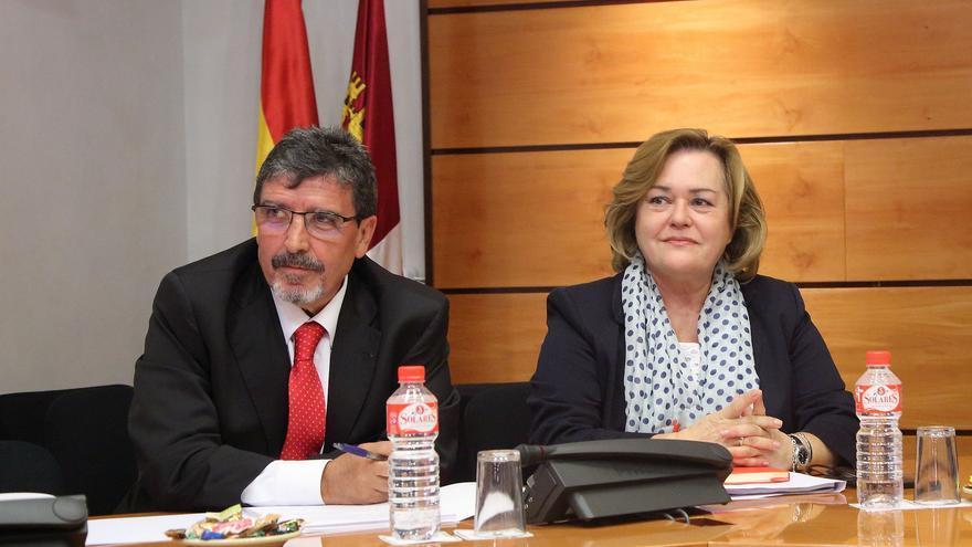 Antonio Luengo, junto a Paloma Heredero, secretaria general de la Consejería de Fomento