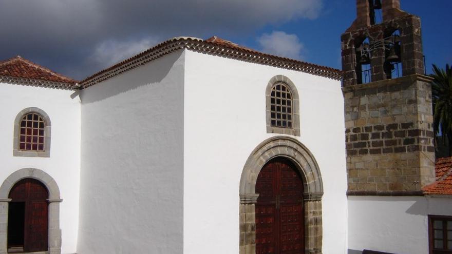 Fachada del convento de Hermigua.