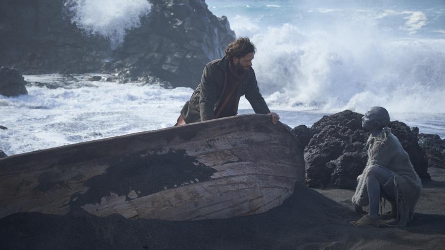 Imagen promocional de la película 'La piel fría', de Xavier Gens