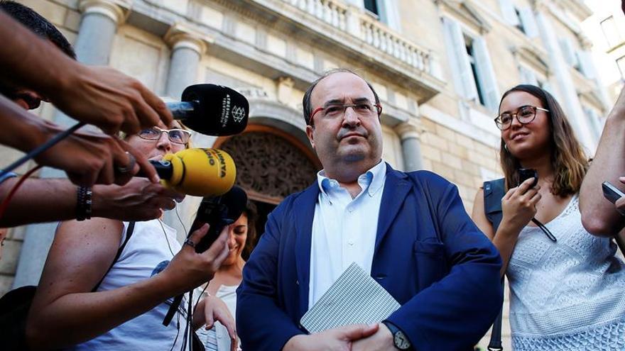 Iceta aboga por pactar con Podemos y no se imagina que el PSOE ayude al PP