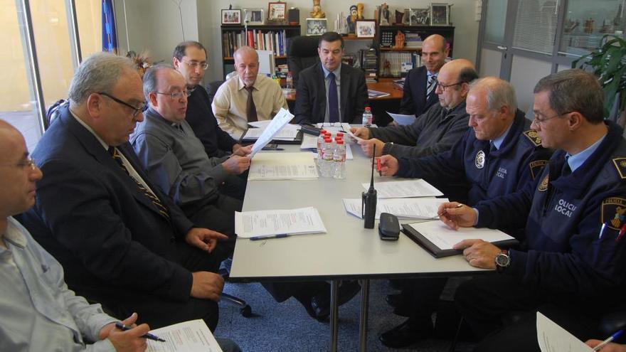 Andrés Llorens preside una comisión en el Ayuntamiento de Alicante/alicante.es