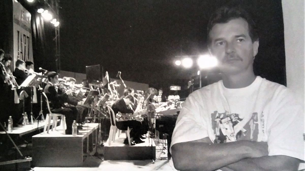 Uli Deininger entre bambalinas en el Festival Internacional de Jazz en la Calle de Murcia -década de los 80-